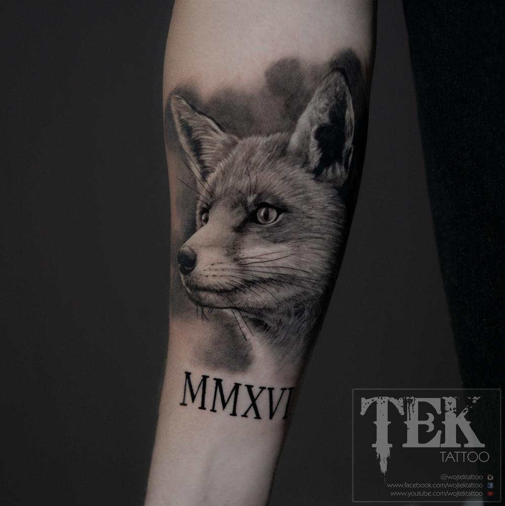 black and grey fox tattoo