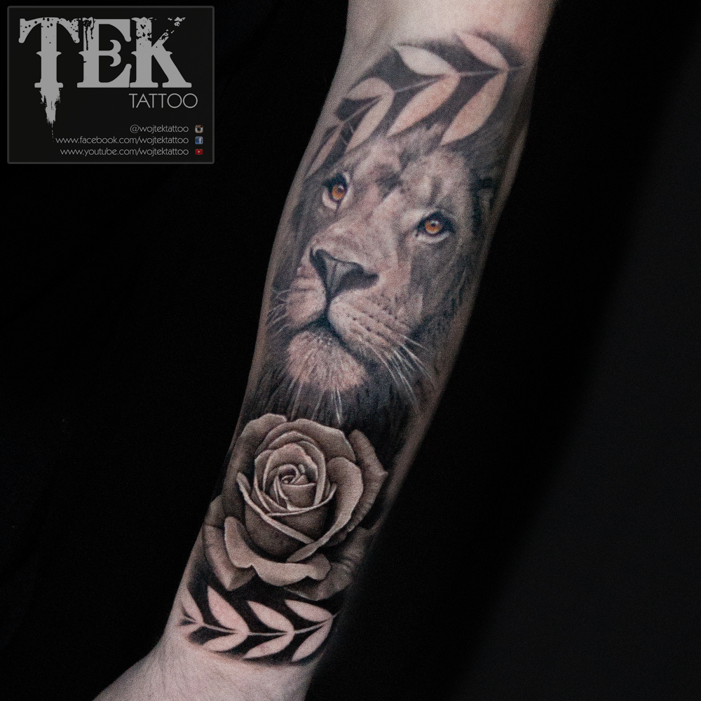 1ea9426c0 Second sitting to finish off this lion and rose tattoo.